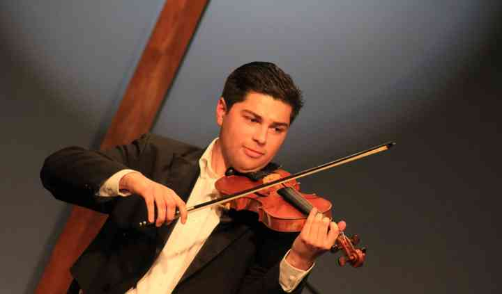 Kyle Craft Violinist