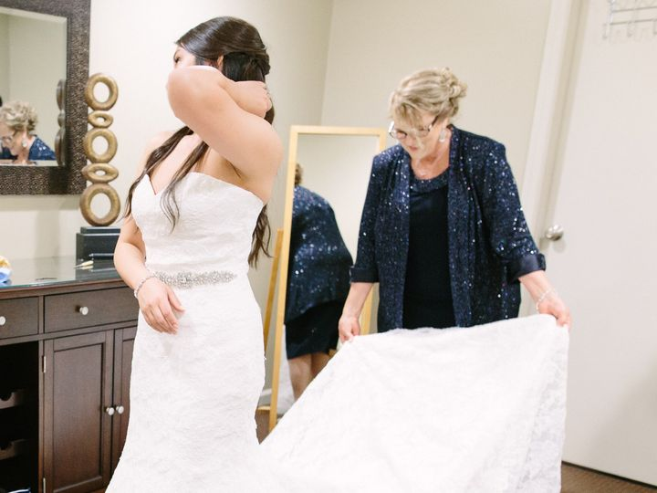 Tmx 1464092942773 Bride Dressing In Bridal Room Cropped Wexford wedding venue
