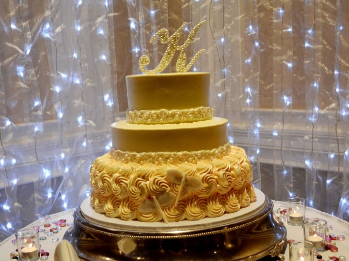 Tmx 1513795258211 Wedding Cake With Pearls Wexford wedding venue