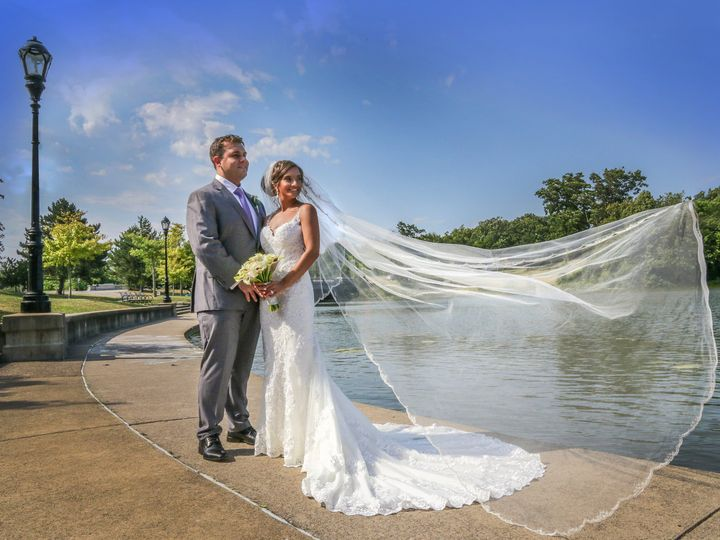 Tmx Taylorrossfinal Fb 0670 51 550515 160367942075368 Buffalo, NY wedding photography