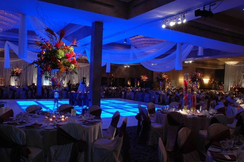 Ashton Place Venue Willowbrook Il Weddingwire