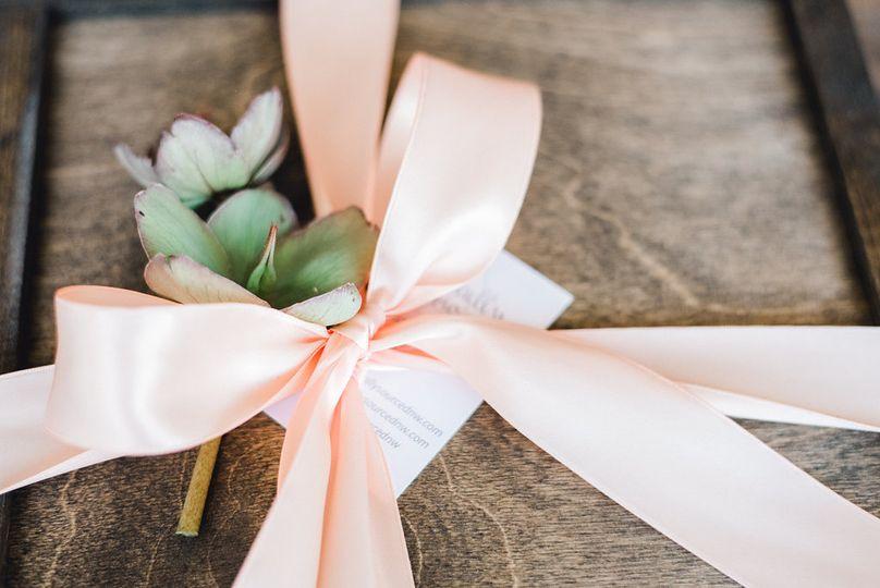 Custom ribbon colors
