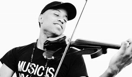 Contemporary Violinist Daniel D. 1