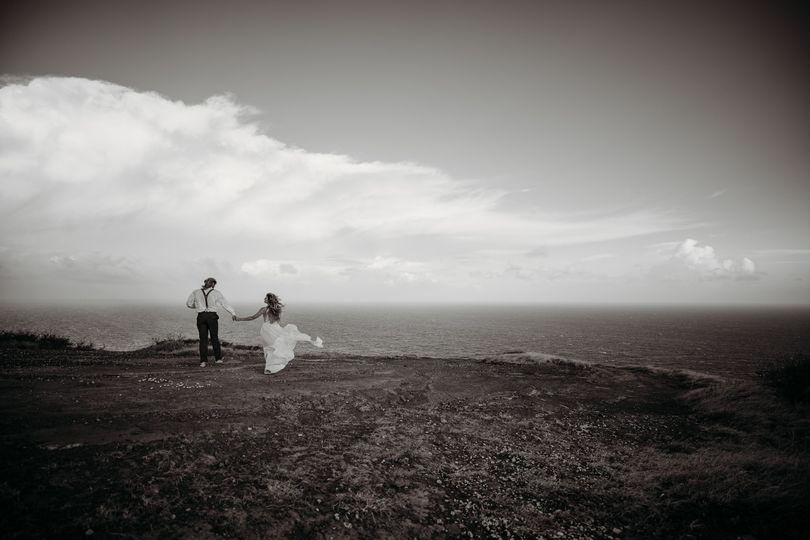 Wanderlust elopement couple