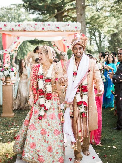 A Hindu wedding at Deerfield Country Club shot by Stacy Hart Photography
