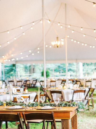 A Lewes, DE backyard wedding shot by Stacy Hart Photography.