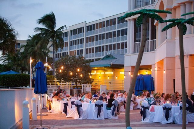 Tmx 1527007610 11ea2e073a450624 1527007609 40cad90d5f74c8e8 1527007609642 3 Courtyard Lights Fort Myers Beach wedding venue