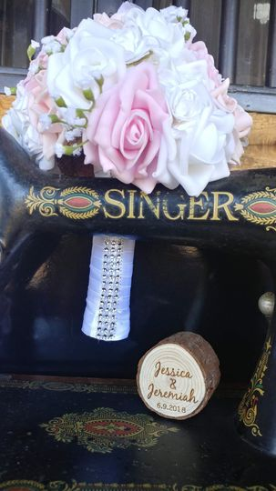 Bouquet and ring box
