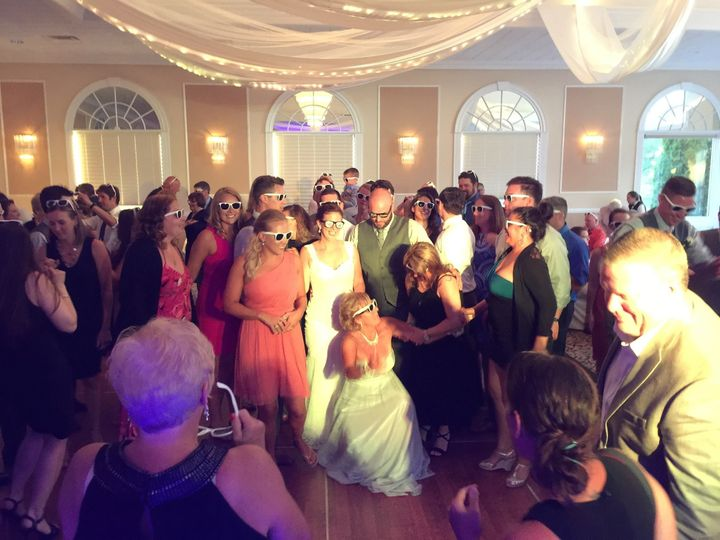 Hersh productions dj ballston spa ny weddingwire for 701 salon sacramento