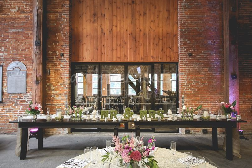 Lobby Wedding Reception OctoberPhoto by: Cambria CreativeDesign by: the bride