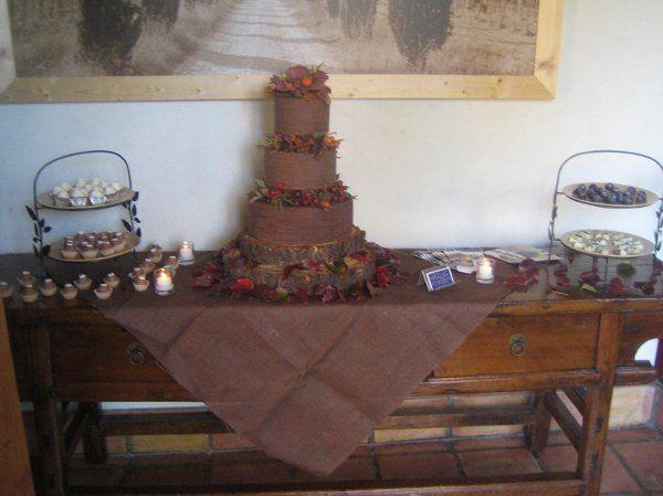 Tmx 1249782215935 Picturefeb13041 Napa wedding cake