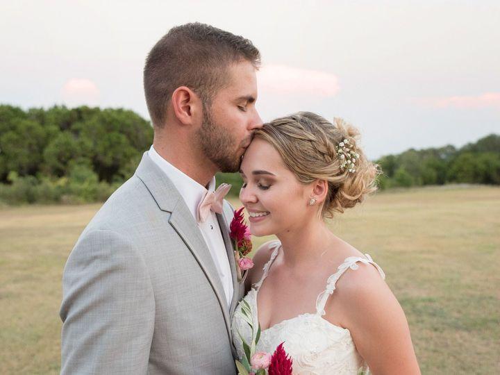 Tmx 21167595 10212793790492334 4496265158498779250 O 51 1022615 New Columbia, PA wedding florist