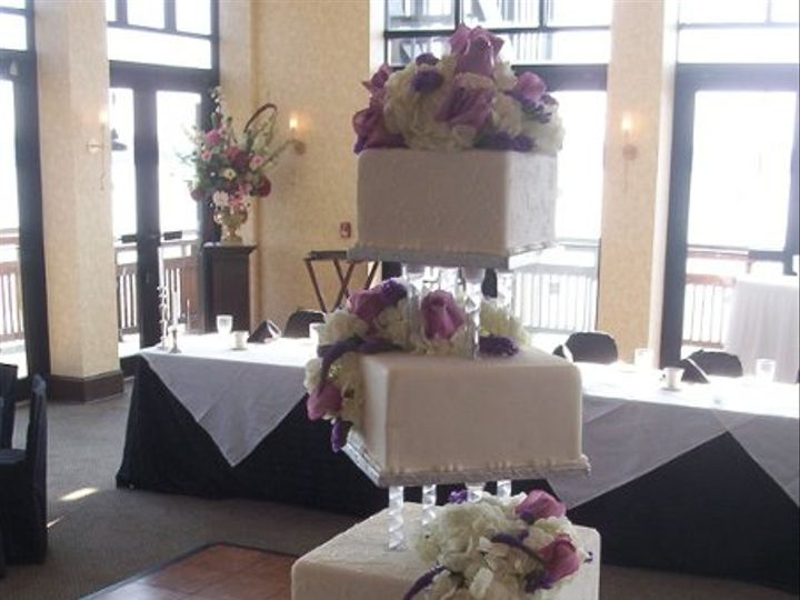Tmx 1256350514763 CakePictures036 North Tonawanda, New York wedding cake