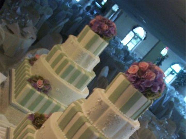 Tmx 1256350549159 CakePictures266 North Tonawanda, New York wedding cake