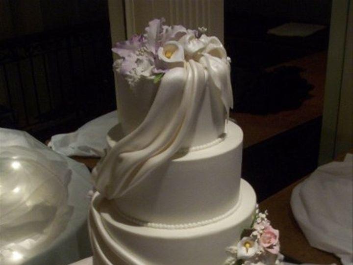 Tmx 1256350592666 CakePictures871 North Tonawanda, New York wedding cake