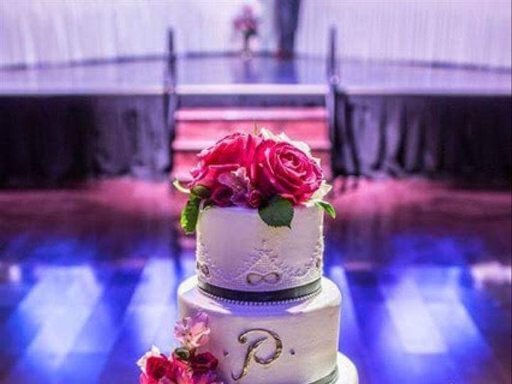 Tmx Img 1675 2 51 172615 North Tonawanda, New York wedding cake