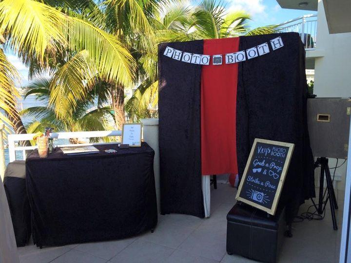 hyatt booth set up