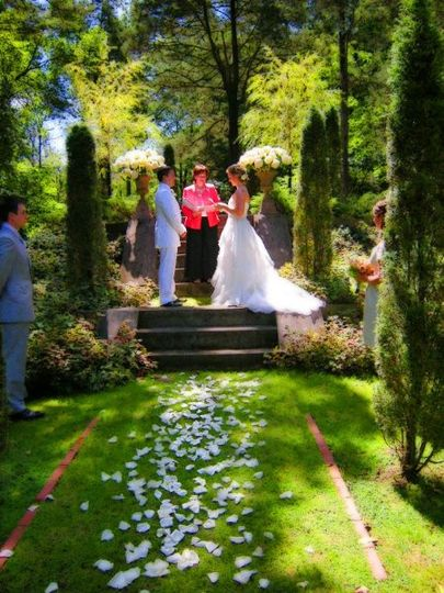 Gian Carlo and Kelly marry in Katonah, New York in a spiritual wedding with their love story...