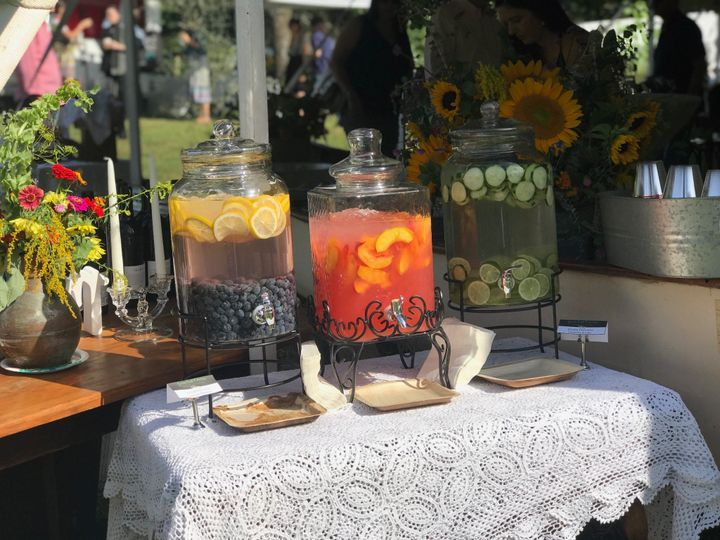 Refreshing fruit and water infusions