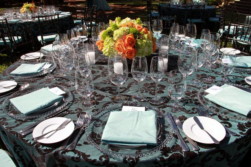 Tealorangegreenweddingreceptionflowers2ChateauStJeanweb