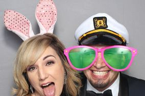 Fantastic Snap Photobooth - Photo Booth Rental