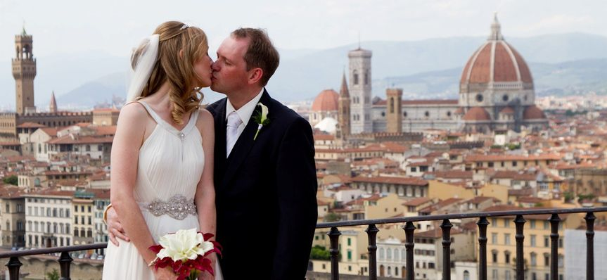 wedding florence red room 502