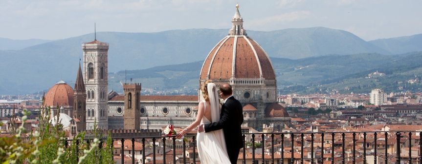 wedding florence red room 480