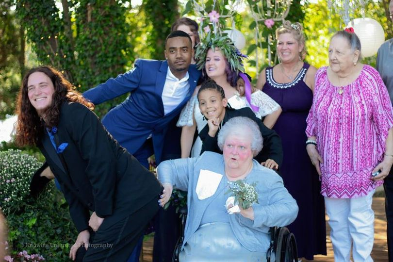Wedding family / grandma got f