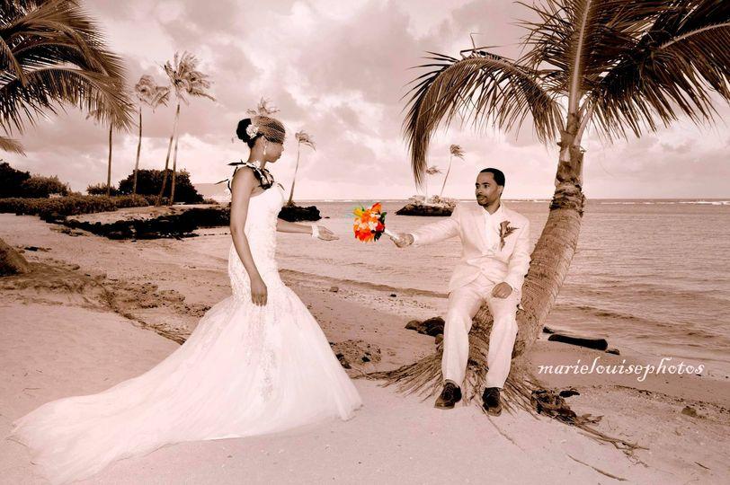 bride and groom waialae antique
