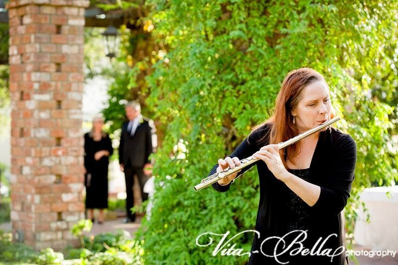 suzanne duffy flutist by vita bella photography 03
