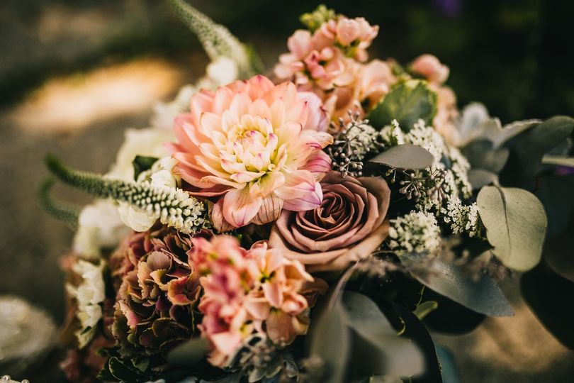 Blush arrangement