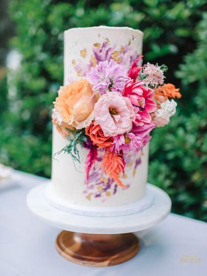 Bright cake design