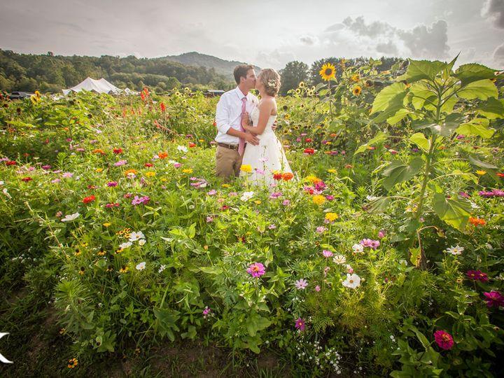 Tmx 1516068320 394eacc482a3863c 1516068319 Fef74a8cc8abae28 1516068317274 13 Wedding Photos 16 Asheville, NC wedding venue
