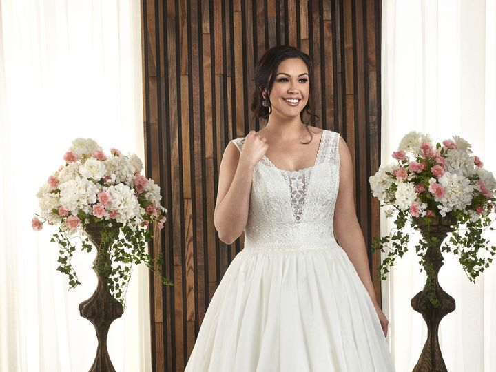 Tmx 1503680312416 1720016 Olathe, Missouri wedding dress