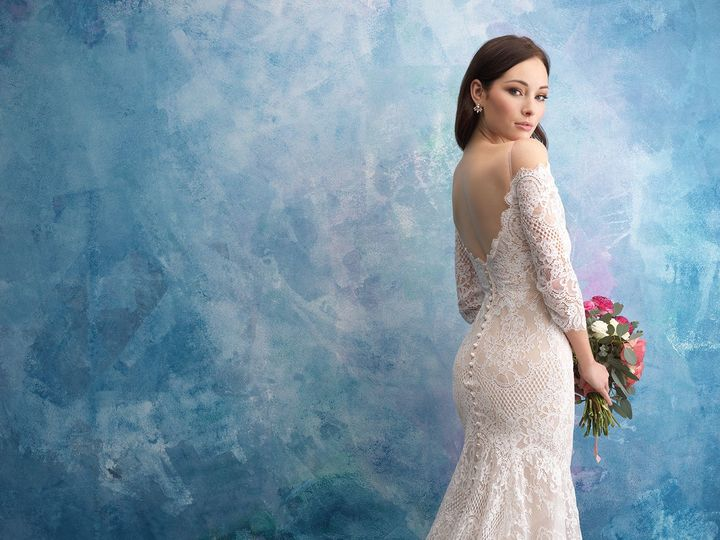 Tmx 1525533862 E217e226ccade808 1525533860 4da8a95160067c91 1525533797682 3 9551 Olathe, Missouri wedding dress