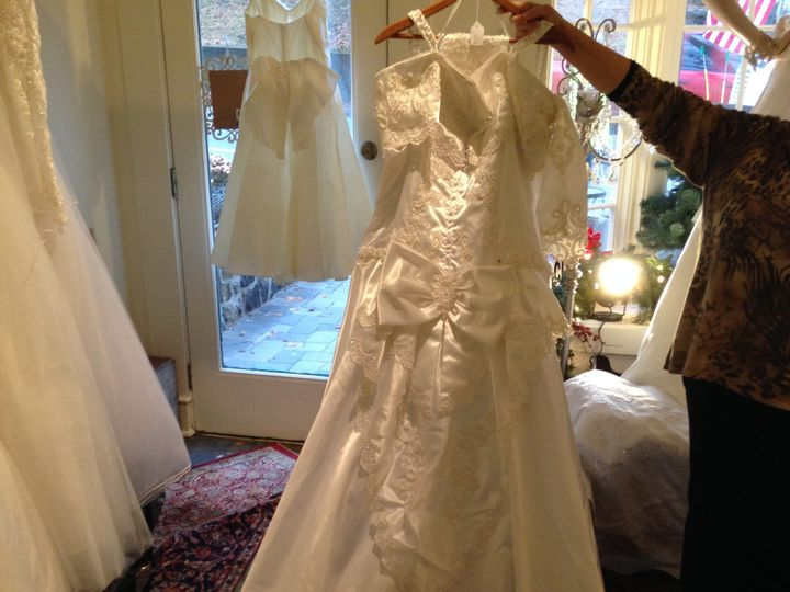 Tmx 1417723654170 Img0322 Long Valley wedding dress