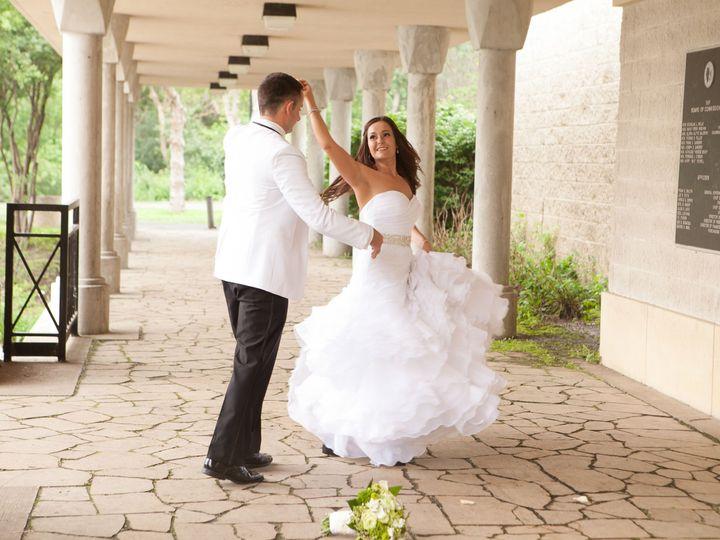 Tmx 1525974332 98ba94f5b880f495 1525974330 Fb0918592870c7a3 1525974301662 8 1010 Glenview, IL wedding videography