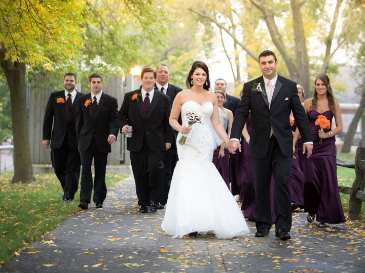 Tmx 1525974334 3874b76e96e1ef2a 1525974330 A0f12718a1f77601 1525974301663 9 1141 Glenview, IL wedding videography