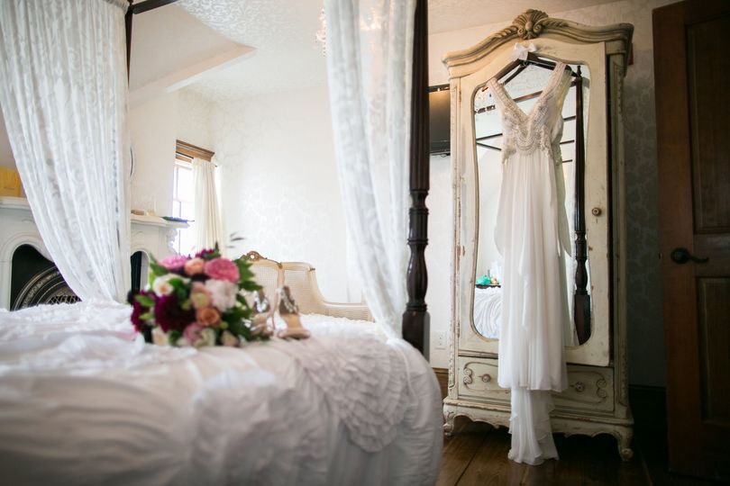 Bridal suite | Photo By Alex Rivera