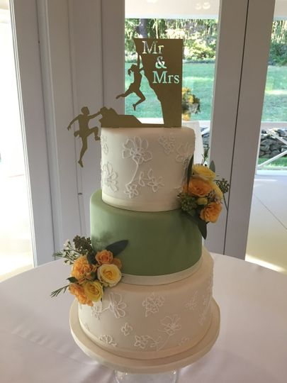 Wedding cake with soft green layer