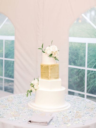 Cake with gold
