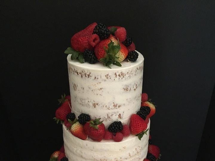 Tmx 1528673488 51419aa6fc75a5de 1528673486 Cec44ef701e99ada 1528673485904 4 IMG 4247 Leesburg, District Of Columbia wedding cake