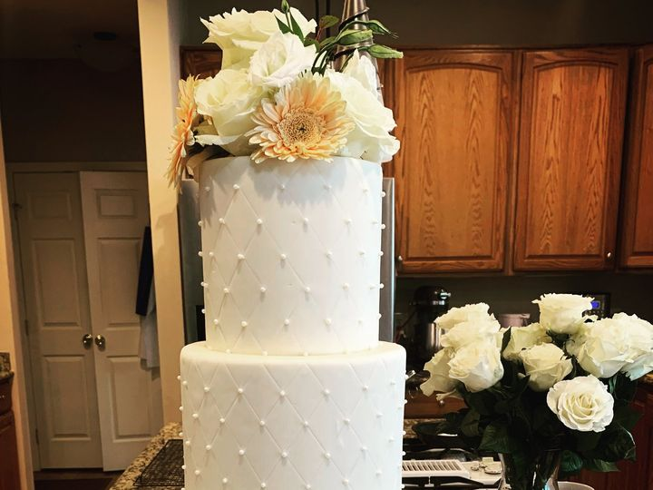 Tmx A8daea35 4864 41e4 98a9 8b59e4900c1b 51 929815 162380866171967 Leesburg, District Of Columbia wedding cake