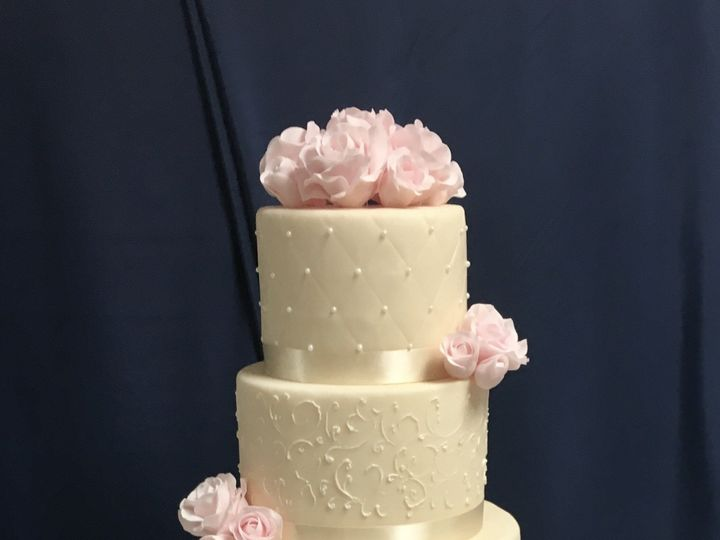 Tmx Img 3426 51 929815 1572127011 Leesburg, District Of Columbia wedding cake