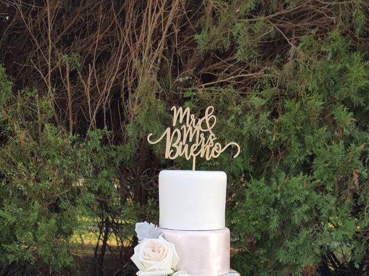 Tmx 1538662074 11caba480220a918 1538662071 D6435e35e1d762d5 1538662074952 7 Adriana Orlando, Florida wedding cake