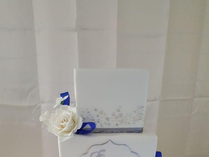 Tmx 1538662087 C065a4250fb3c266 1538662085 2d4adcb416b78ee5 1538662092205 9 Blue Orlando, Florida wedding cake