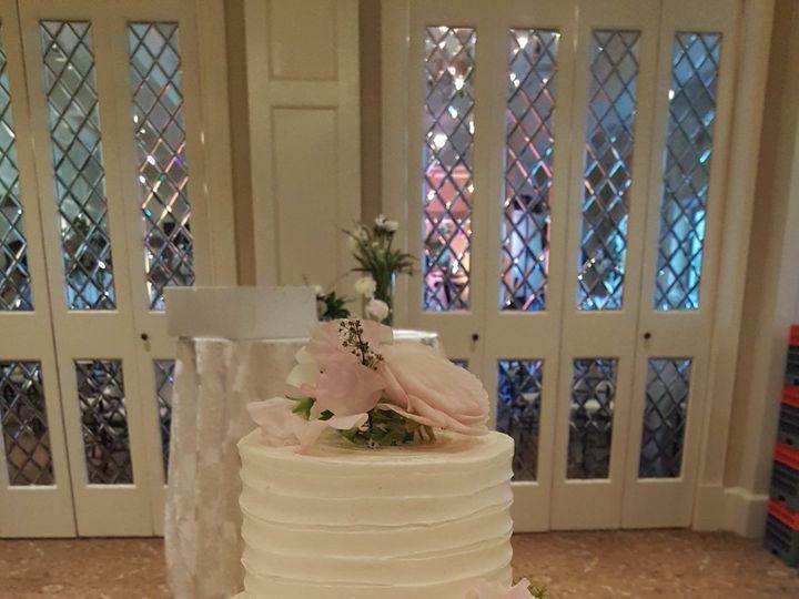 Tmx 1538662110 0e6d587c4784e1a1 1538662108 29d39effded65d4f 1538662115111 14 Carson Orlando, Florida wedding cake