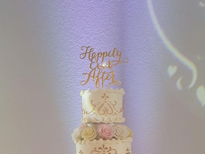 Tmx 1538662184 287bae51d668aa2e 1538662183 91e941924d07bcc9 1538662189203 28 Jeslane Orlando, Florida wedding cake
