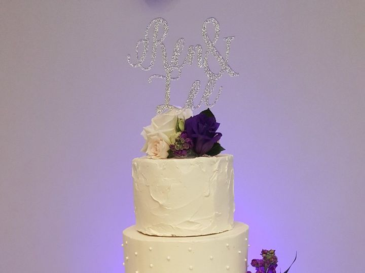 Tmx 1538662208 Ebf5211c700bfd29 1538662205 766c2cf02c59c981 1538662209031 32 Lisann Orlando, Florida wedding cake