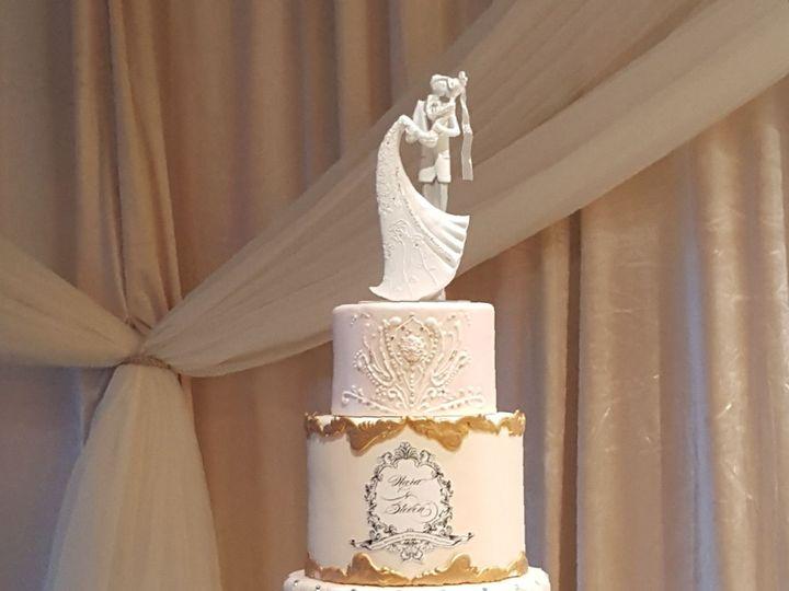 Tmx 1538662232 176be924d9827869 1538662231 A85dc68b1d86f750 1538662236481 36 Nara Orlando, Florida wedding cake